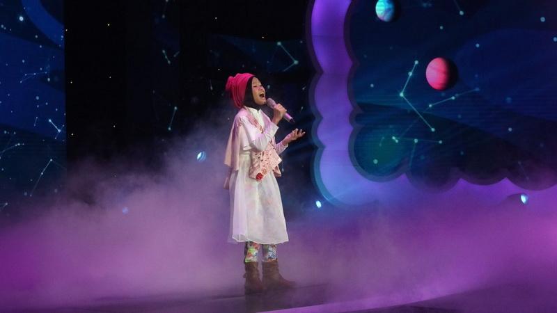 https: img.okeinfo.net content 2018 12 14 598 1991342 maia-estianty-doakan-raisya-jadi-bintang-setelah-lulus-indonesian-idol-junior-GGrqXzPpiQ.jpg
