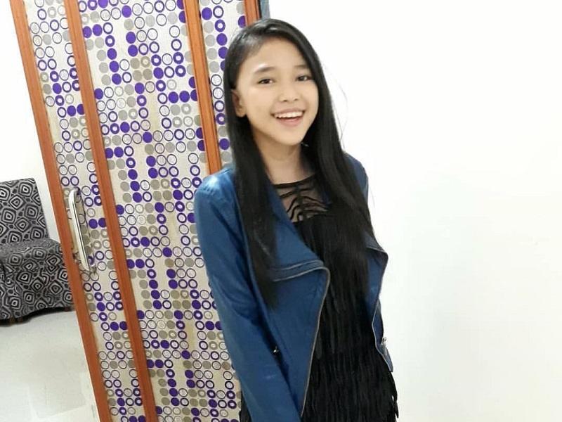 https: img.okeinfo.net content 2018 12 16 194 1992017 4-gaya-ootd-anneth-delliecia-juara-indonesian-idol-junior-2018-mfdYytSiKm.jpg