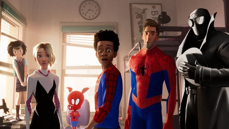 https: img.okeinfo.net content 2018 12 17 206 1992212 spider-man-into-the-spider-verse-depak-ralph-breaks-the-internet-dari-puncak-box-office-1M4GRbaBSa.jpg