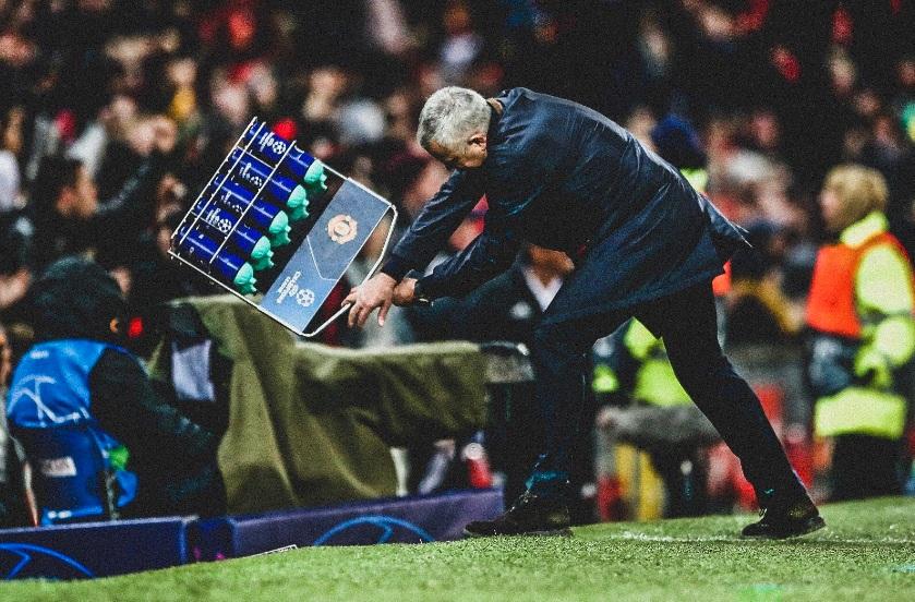 https: img.okeinfo.net content 2018 12 19 261 1993404 batal-berjumpa-mourinho-ini-komentar-pelatih-psg-OqwDmzf8AY.jpg