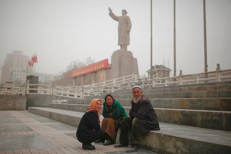 https: img.okeinfo.net content 2018 12 25 18 1995638 mengapa-ketegangan-antara-pemerintah-china-dan-etnis-uighur-terus-terjadi-RjFUyY3lYP.jpg