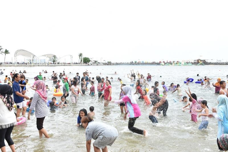https: img.okeinfo.net content 2018 12 26 1 1996229 bnpb-pantai-ancol-aman-dari-tsunami-376eXHPT2M.jpeg