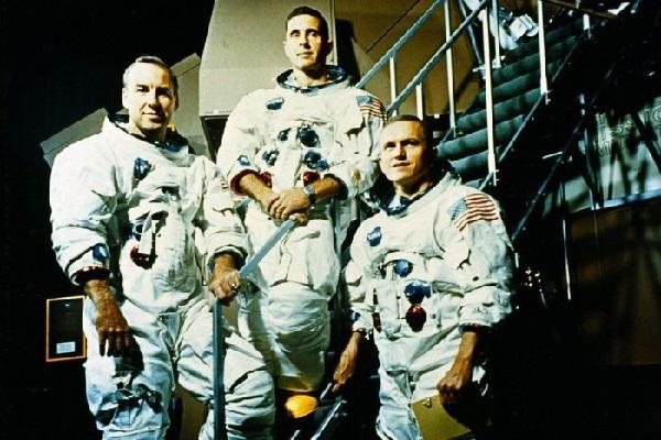 https: img.okeinfo.net content 2018 12 27 56 1996597 astronot-nasa-apa-yang-mendorong-kita-untuk-pergi-ke-mars-SLECG2OxAz.jpg