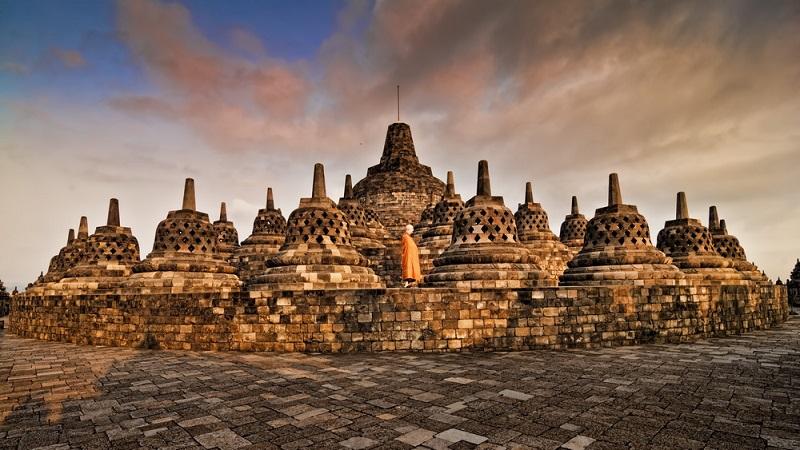 Tahun Baru 2019 Candi Borobudur Punya Jalur Khusus Disabilitas