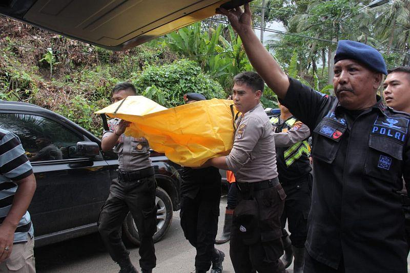 https: img.okeinfo.net content 2019 01 01 340 1998543 8-jenazah-korban-tsunami-banten-belum-teridentifikasi-OTearksV5Q.jpg