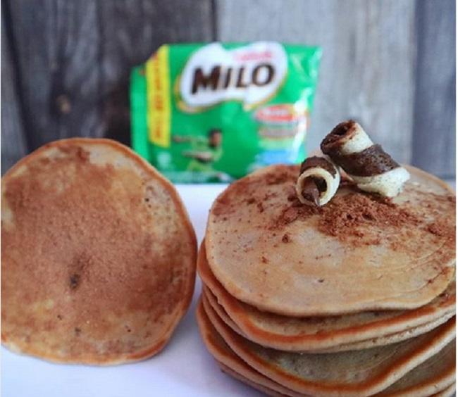 https: img.okeinfo.net content 2019 01 03 298 1999454 resep-camilan-enak-pancake-milo-dan-es-susu-choki-choki-yuk-cobain-4w9WOsbxU3.jpg