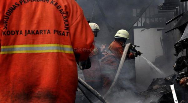 https: img.okeinfo.net content 2019 01 08 338 2001342 api-di-gedung-kemenkumham-berhasil-dipadamkan-aktivitas-kembali-normal-OYHNSTEI3K.jpg