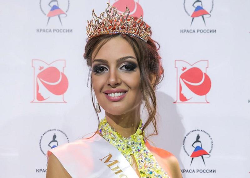 https: img.okeinfo.net content 2019 01 09 196 2002064 istri-sultan-muhammad-v-oksana-voevodina-dikabarkan-hamil-U1EsjTrt5J.jpg