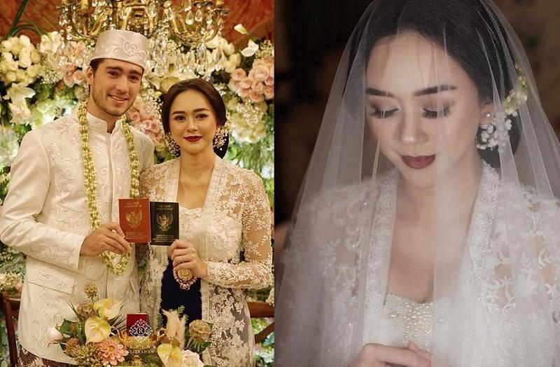 https: img.okeinfo.net content 2019 01 09 33 2002240 baru-menikah-aura-kasih-sudah-berbadan-dua-rrWxet5Ue3.jpg