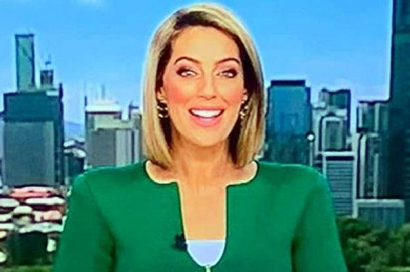 https: img.okeinfo.net content 2019 01 10 194 2002590 viral-baju-mirip-penis-presenter-berita-ini-jadi-bahan-nyinyiran-netizen-YTPzUiLaTC.jpg