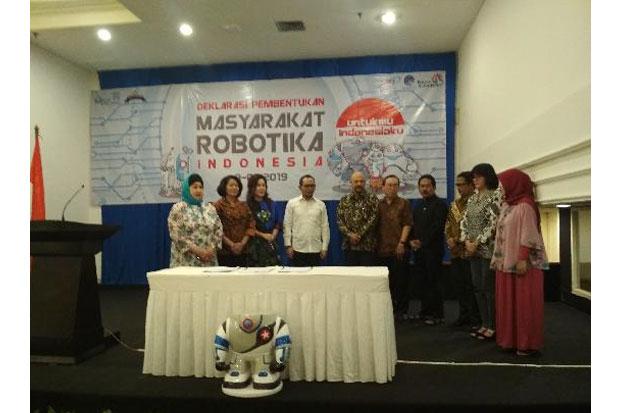 https: img.okeinfo.net content 2019 01 10 65 2002587 masyarakat-robotika-indonesia-dideklarasikan-GKm4IOszIr.jpg