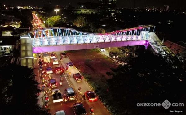 https: img.okeinfo.net content 2019 01 11 470 2002992 sejumlah-jembatan-penyeberangan-orang-dipercantik-8Xyr0MMNR0.jpg