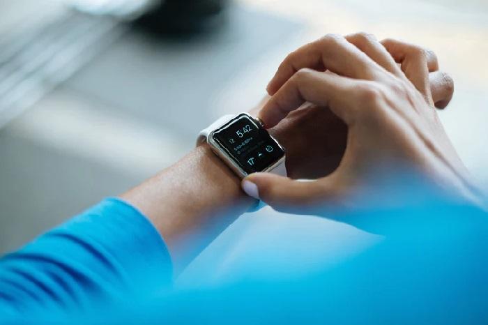https: img.okeinfo.net content 2019 01 11 57 2003040 fokus-kesehatan-apple-tambah-fitur-pantau-glukosa-di-apple-watch-A10CQtfG2E.jpg