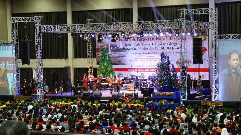 https: img.okeinfo.net content 2019 01 12 338 2003390 hadiri-perayaan-natal-bersama-anies-persatuan-umat-beragama-harus-selalu-dijunjung-tinggi-1VJ2YONn6X.jpg