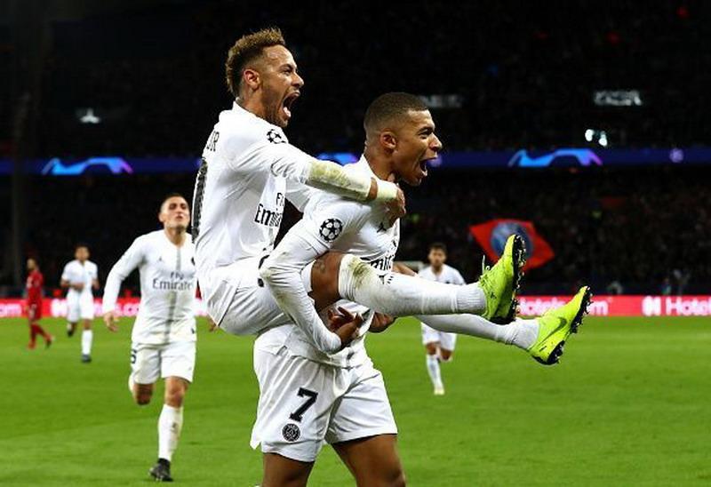 https: img.okeinfo.net content 2019 01 14 51 2004197 dybala-yakin-level-neymar-dan-mbappe-akan-setara-dengan-messi-ronaldo-dvsTJcSamt.jpg