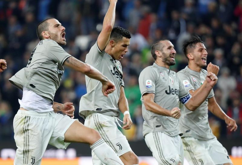 https: img.okeinfo.net content 2019 01 16 261 2005174 ronaldo-datang-chiellini-juventus-favorit-juara-liga-champions-IVqi027RYy.jpg