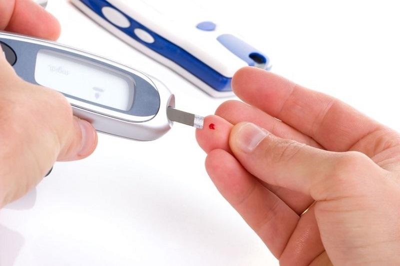 https: img.okeinfo.net content 2019 01 21 481 2007450 pentingnya-punya-alat-tes-gula-darah-diabetes-di-rumah-4qGze0codh.jpg