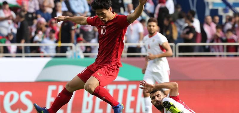 https: img.okeinfo.net content 2019 01 21 51 2007227 usai-dikalahkan-evan-dimas-dkk-sepakbola-vietnam-bangkit-eMpRjMYGYP.jpg