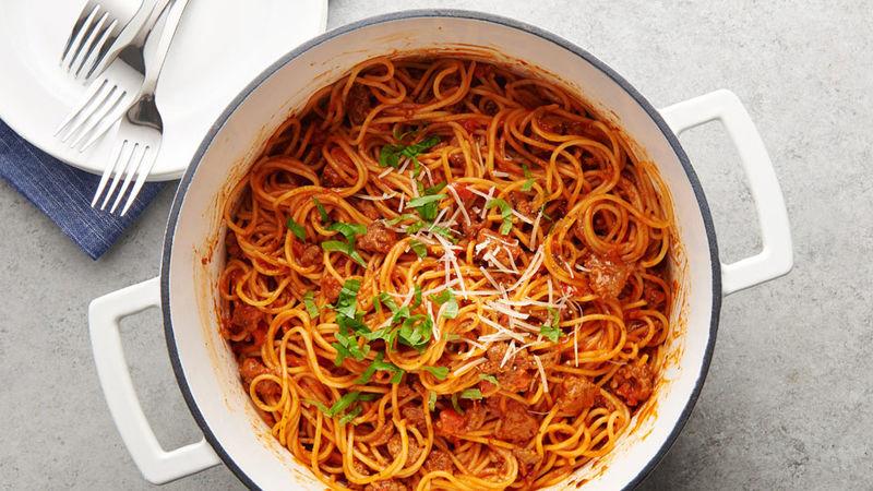 https: img.okeinfo.net content 2019 01 23 298 2008272 spaghetti-saus-rica-ayam-yuk-bikin-dcWgzwOUrB.jpg