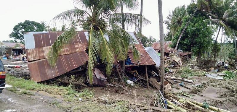 https: img.okeinfo.net content 2019 01 25 609 2009324 korban-banjir-dan-longsor-sulawesi-selatan-59-tewas-25-hilang-nszkEI1noJ.jpg