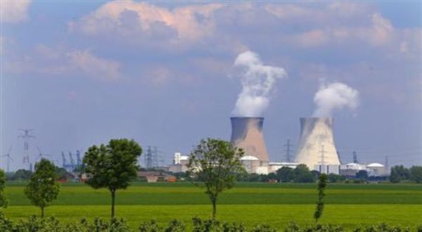 https: img.okeinfo.net content 2019 01 26 320 2009713 keraguan-terhadap-teknologi-nuklir-di-ri-masih-tinggi-vfXj0YFhNP.jpg