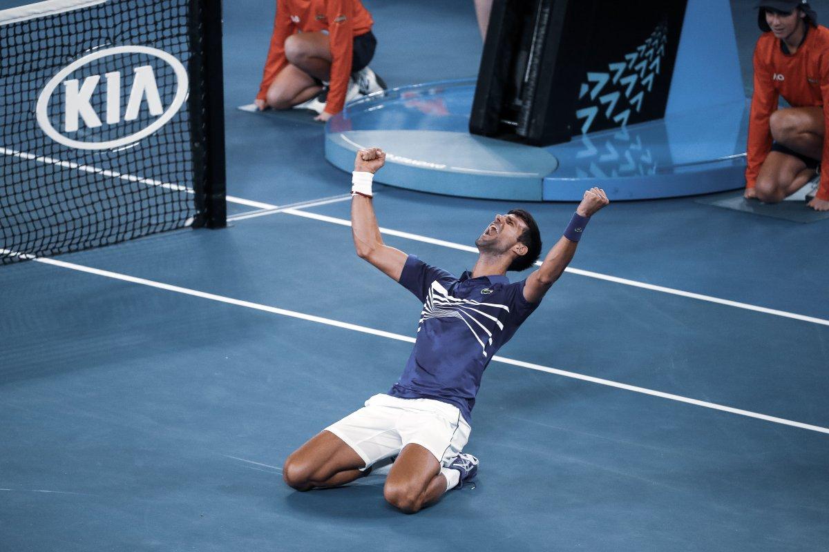 https: img.okeinfo.net content 2019 01 27 40 2010102 djokovic-amat-gembira-atas-gelar-juara-australia-open-2019-zEsUmiCAc7.jpg