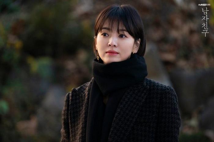 https: img.okeinfo.net content 2019 01 29 194 2010707 transformasi-gaya-rambut-song-hye-kyo-mana-paling-cantik-jDD447R4PY.jpg