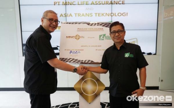 https: img.okeinfo.net content 2019 01 30 320 2011364 mnc-life-kerjasama-dengan-asia-trans-berikan-asuransi-pengemudi-dan-penumpang-lFONn6BQD0.jpg
