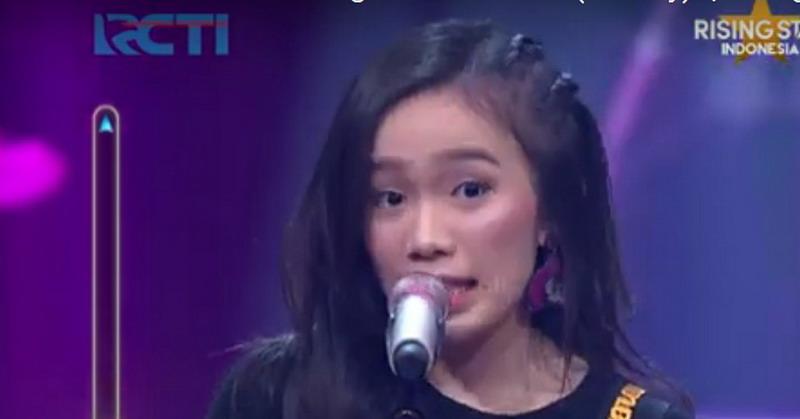 https: img.okeinfo.net content 2019 01 30 598 2011150 bikin-yovie-widianto-bergoyang-angeline-lolos-live-duel-rising-star-indonesia-uyY0PcroTq.jpg