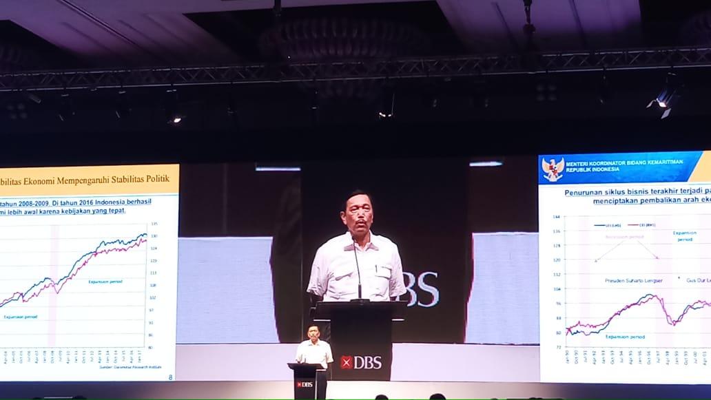 https: img.okeinfo.net content 2019 01 31 20 2011959 sri-mulyani-disebut-pencetak-utang-menko-luhut-dia-menteri-ekonomi-terbaik-Tc6h35mHqd.jpeg