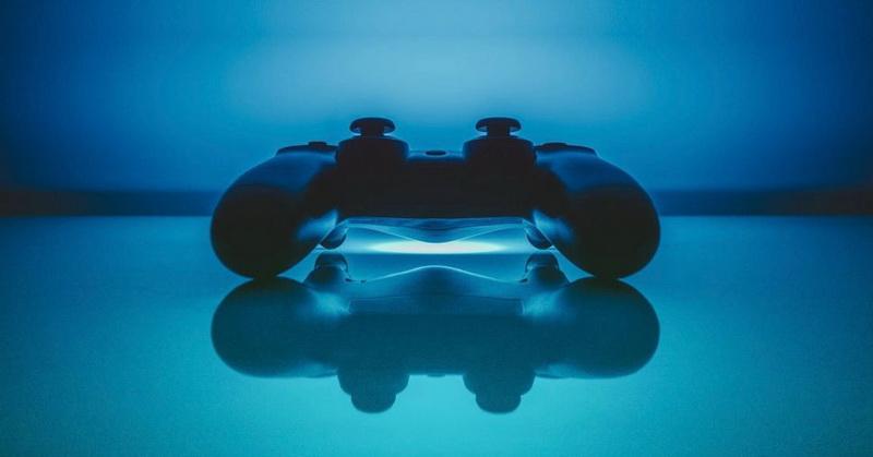 https: img.okeinfo.net content 2019 01 31 326 2011887 sony-bakal-fokus-pengembangan-playstation-5-k3RgJsg2aJ.jpg