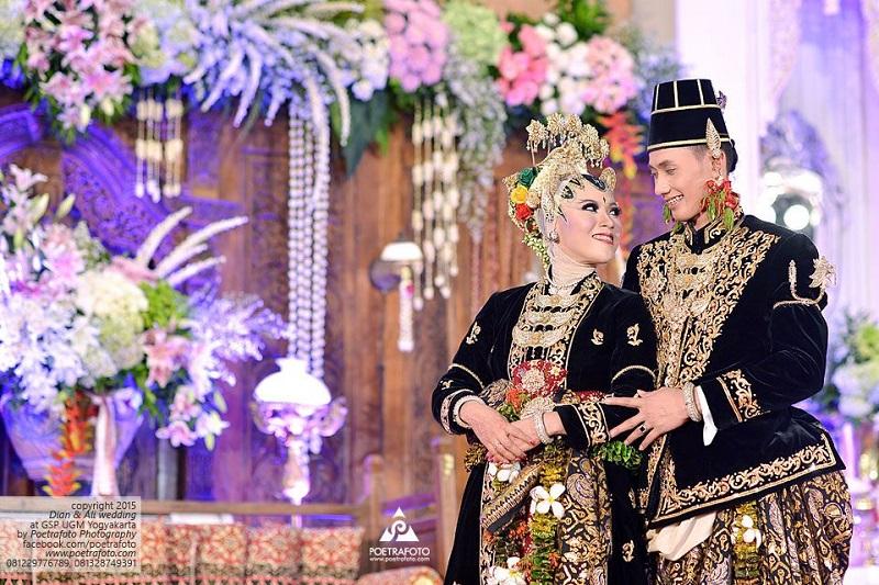 Penuh Makna Dan Kemegahan Konsep Pernikahan Paes Ageng