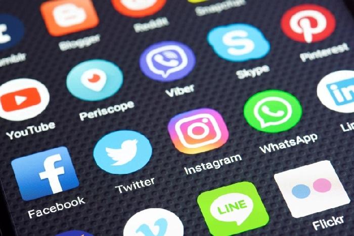 https: img.okeinfo.net content 2019 02 01 207 2012300 whatsapp-instagram-dan-facebook-bakal-gabung-di-2020-jS6uFgu6gW.jpg