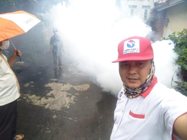 https: img.okeinfo.net content 2019 02 04 610 2013771 6-warga-di-sukarami-palembang-terserang-dbd-perindo-lakukan-pengasapan-cc5xuaptuc.jpg
