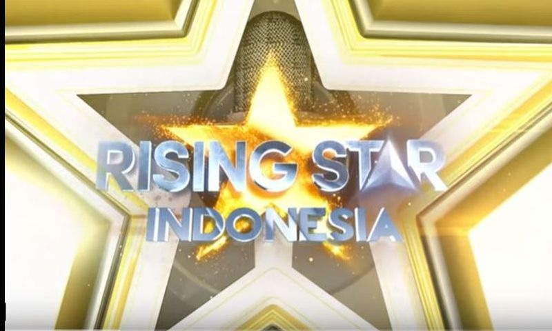 https: img.okeinfo.net content 2019 02 06 598 2014123 suci-lolos-live-duel-rising-star-indonesia-rossa-aku-butuh-lady-rocker-3TrMn71OhL.jpg