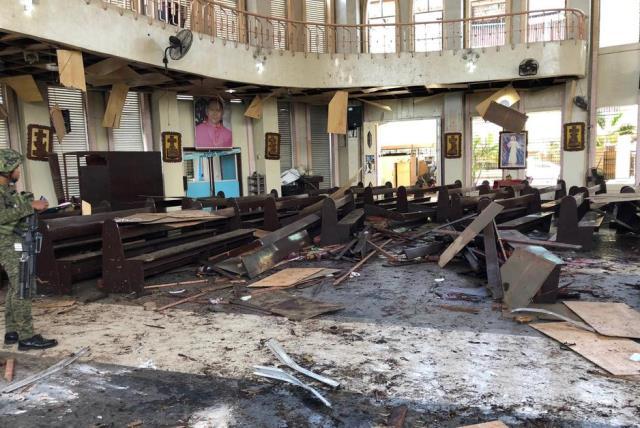 https: img.okeinfo.net content 2019 02 07 337 2014843 polri-hingga-kini-masih-belum-bisa-dipastikan-pengebom-gereja-filipina-adalah-wni-j3uk350U2w.jpg