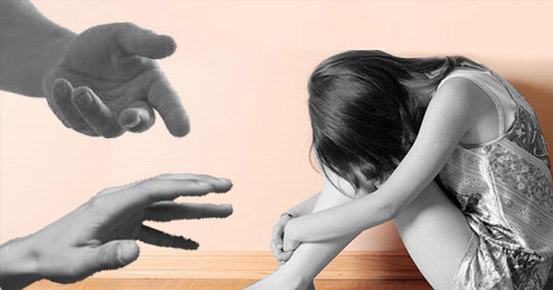 https: img.okeinfo.net content 2019 02 08 338 2015427 anak-yang-diajak-threesome-ayah-dan-ibunya-dipastikan-trauma-ffinEaqr0f.jpg