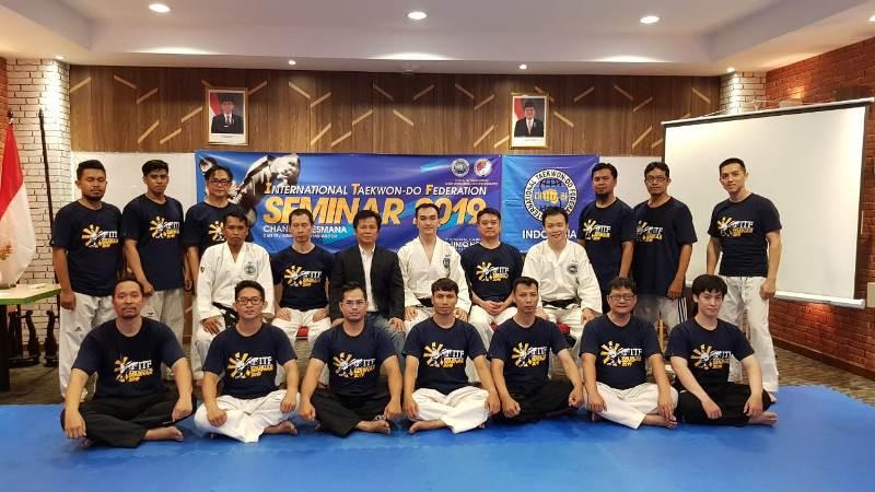 https: img.okeinfo.net content 2019 02 09 43 2015671 ingin-perkenalkan-taekwondo-itf-ke-masyarakat-indonesia-jadi-alasan-utama-seminar-iitf-di-yogyakarta-M8wiT0MFGW.jpeg