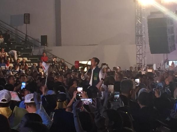 https: img.okeinfo.net content 2019 02 09 605 2015793 jokowi-jangan-sampai-indonesia-dipimpin-orang-yang-belum-berpengalaman-7K9Z3i8nln.jpg
