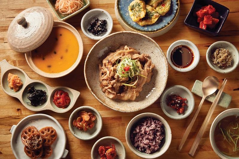 https: img.okeinfo.net content 2019 02 11 298 2016549 5-restoran-korea-enak-di-jakarta-yang-wajib-dicoba-tPenr5bqA7.jpg