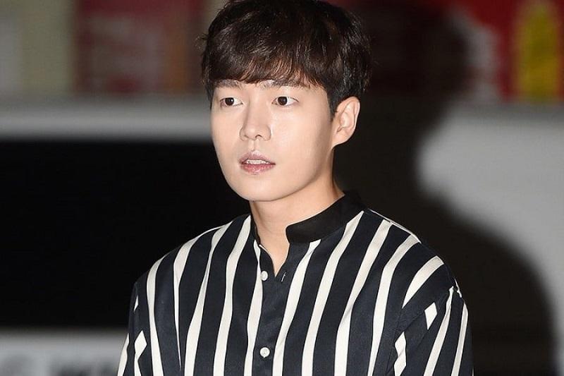 https: img.okeinfo.net content 2019 02 12 194 2017065 5-tampilan-son-seung-won-aktor-ganteng-k-drama-yang-terjerat-kasus-hukum-TbH9dspmtq.jpeg
