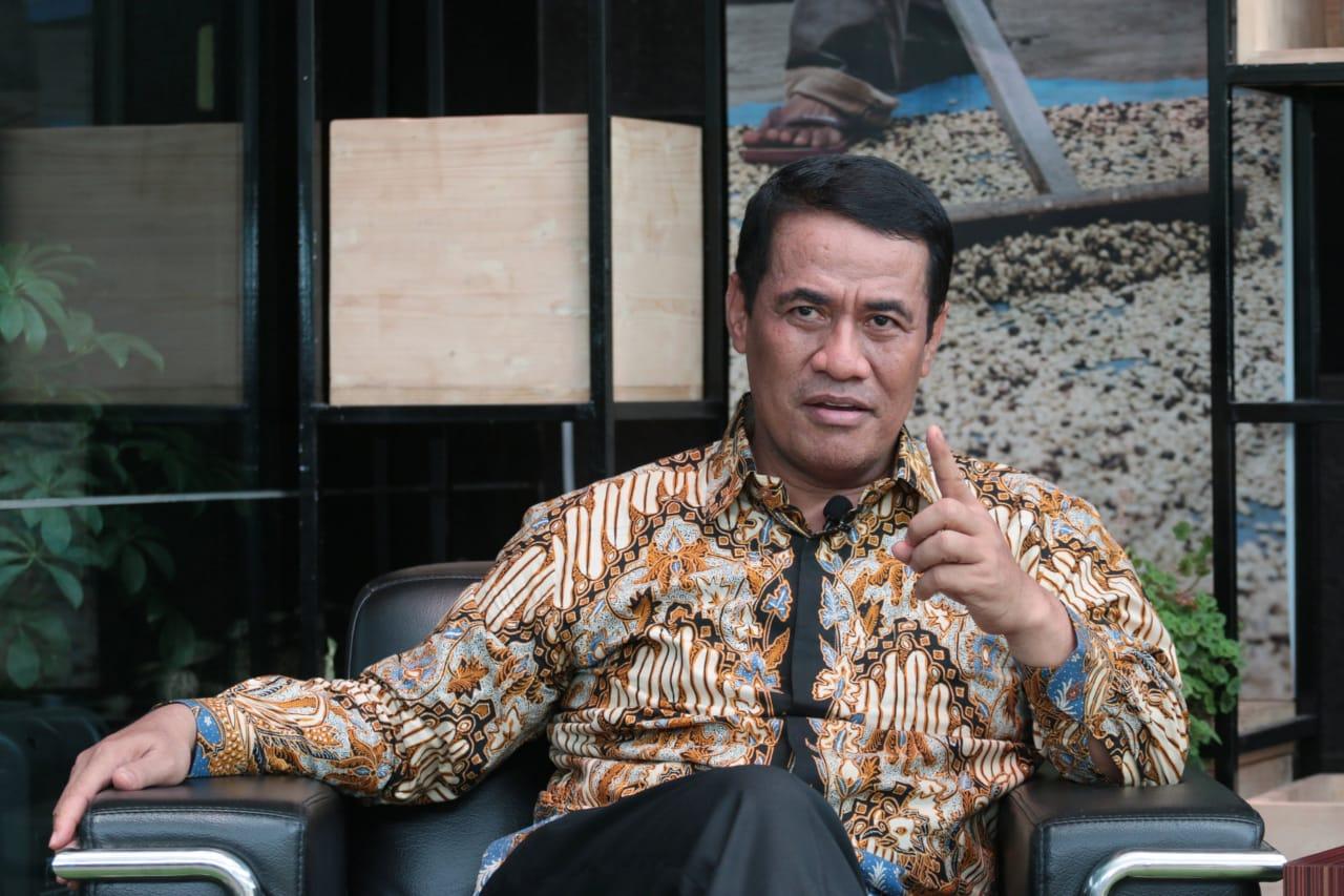 Jabat Menteri Pertanian Amran Sulaiman Sempat Diprotes Keluarga