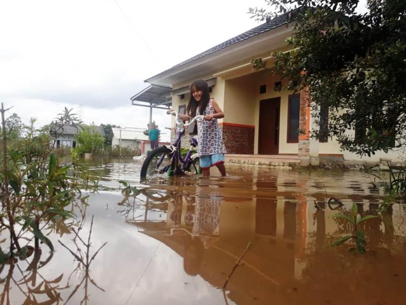 https: img.okeinfo.net content 2019 02 12 340 2016856 hujan-deras-kota-pangkalpinang-kebanjiran-3Su3ynmr5S.jpg