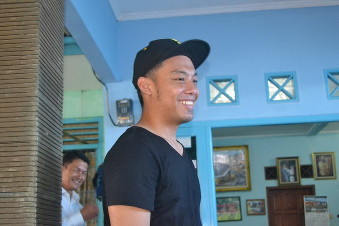 https: img.okeinfo.net content 2019 02 12 51 2016805 hamka-hamzah-ingatkan-penggunaan-media-sosial-kepada-pemain-timnas-indonesia-Fq3LCCdTQB.jpg