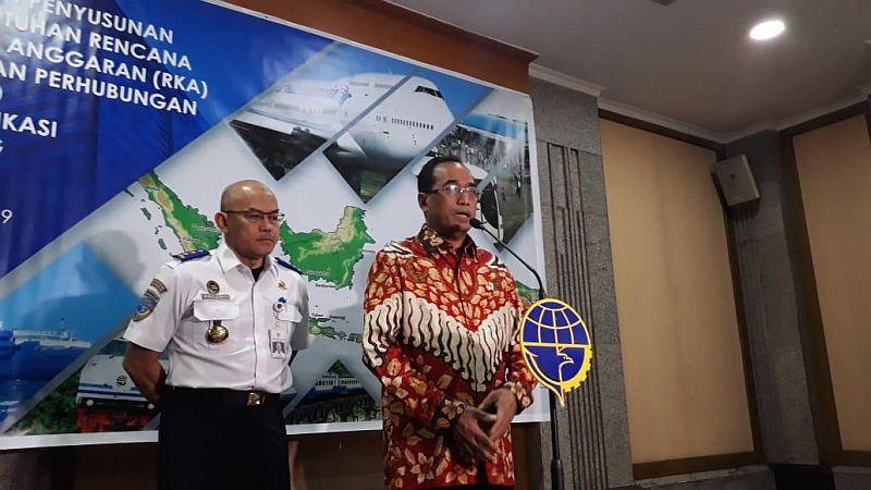 https: img.okeinfo.net content 2019 02 13 320 2017249 menhub-mrt-jadi-bukti-indonesia-tidak-kalah-dengan-singapura-oBoS7YurjE.jpg
