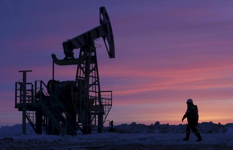 https: img.okeinfo.net content 2019 02 14 320 2017699 produksi-menyusut-harga-minyak-dunia-naik-BCHubGyi4g.jpg