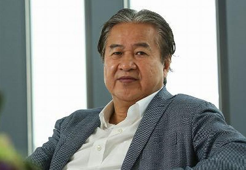 https: img.okeinfo.net content 2019 02 14 320 2018018 gara-gara-iphone-orang-terkaya-hong-kong-ini-kehilangan-rp89-triliun-kxPhyo3wqY.jpg