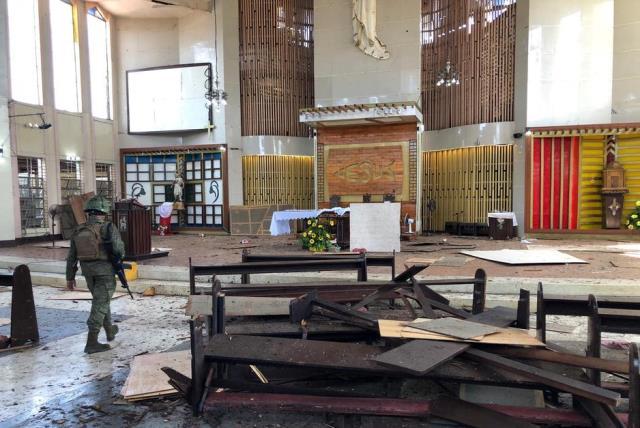 https: img.okeinfo.net content 2019 02 15 18 2018481 uji-dna-20-jenazah-filipina-belum-bisa-pastikan-pelaku-pengebom-gereja-jolo-wni-OPKnprP3rz.jpg