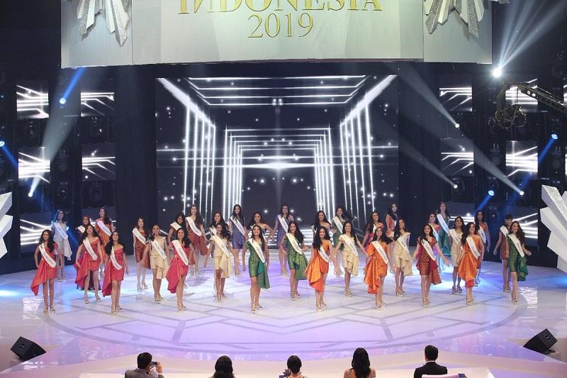 https: img.okeinfo.net content 2019 02 15 194 2018663 finalis-perwakilan-indonesia-bagian-timur-dominasi-15-besar-miss-indonesia-2019-me49HOuBz9.jpg