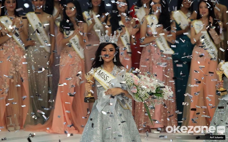 https: img.okeinfo.net content 2019 02 16 194 2018814 sandang-gelar-miss-indonesia-2019-ini-harapan-orangtua-princess-megonondo-hSxvMN5xs9.jpg
